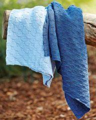 PT8430 - Reversable Blanket in 3 Plys