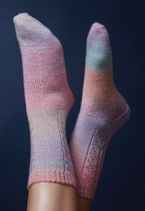 PT8454 - Lace Panel Socks